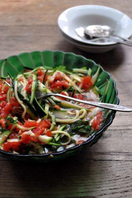 raw-zucchini-salad