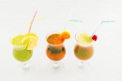 3 smoothie-uri detox
